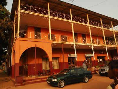 Antiguo hotel de Bissau