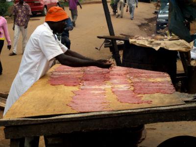 puesto de carne en Yaounde