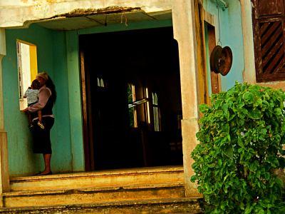 Una mujer en la isla de Bioko