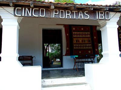 Hotel Cinco Portas en Ivo