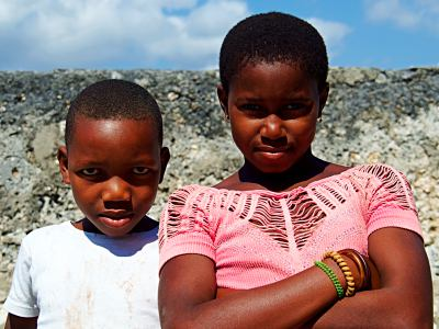 Dos niños de Ibo