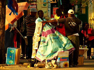 Vendedores en las calles de Maputo