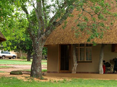 Una cabaña donde dormir en el Kruger