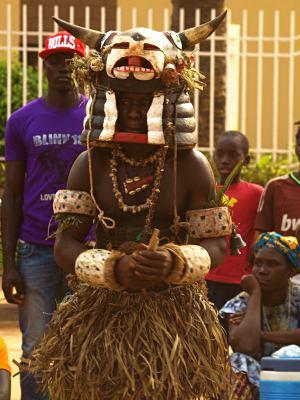 Las tabancos con sus galas en Bissau