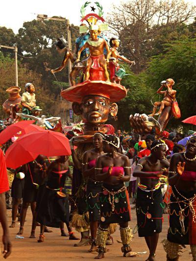 El desfile del Carnaval de Bissau