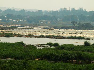 El gran río Congo que separa Congo Kinshasa y Brazzaville