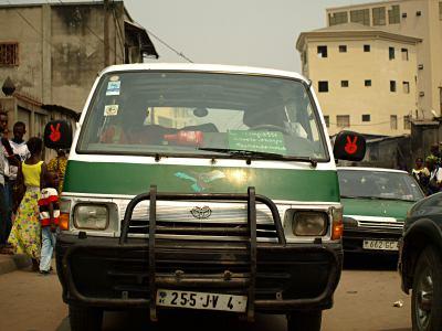 Un bus público de Brazzaville