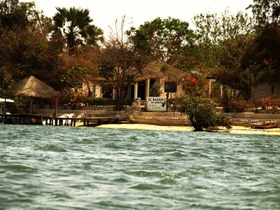 Hotel de la francesa en el Delta de Saloom