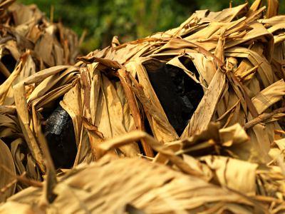 Carbon vegetal makala listo para Kinshasa