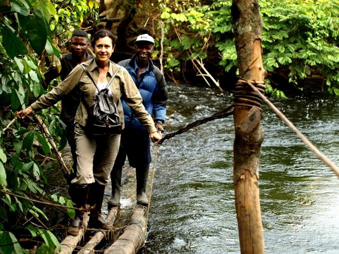 Cruzando un río en Plateau