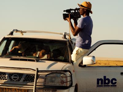 Una televisión de rodaje en Ethosa