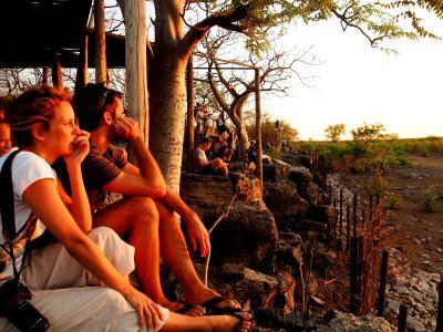 Observando el atardecer en Ethosa
