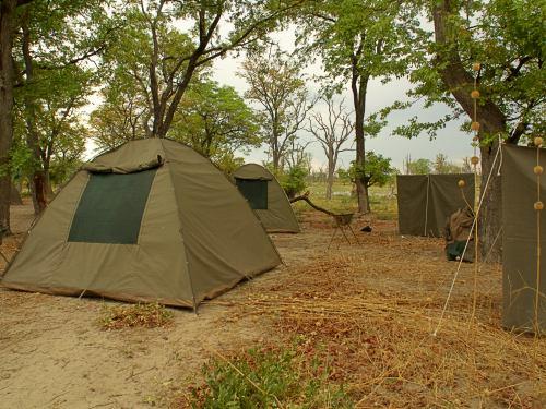 Nuestro campamento en la laguna
