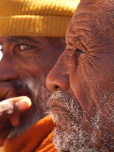 Dos hombres en Lalibela
