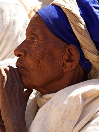Una anciana en LaLibela