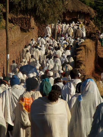 Todos a un entierro en LaLibela