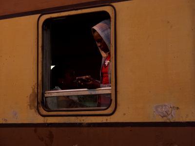Un tren a punto de partir de la estación de Victoria Falls