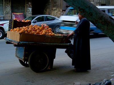 Un puesto de naranjas en El Cairo