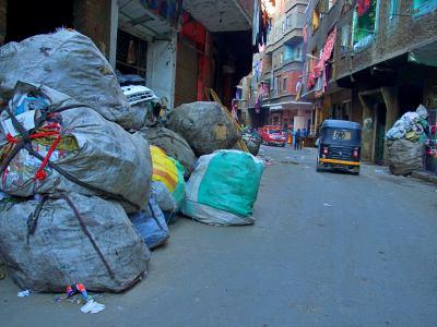 Nuevas calles en la ciudad de la basura de El Cairo