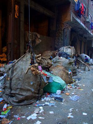 Otra imagen de la Ciudad de la basura en El Cairo