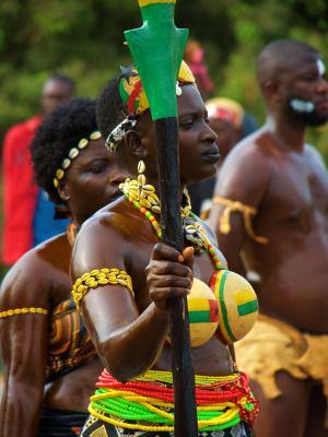 Diferentes momentos del Carnaval de Bissau