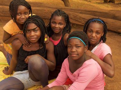 Un grupo de chicas en Gurue