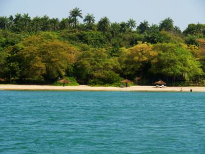 Las blanquísimas playas de PontAnchaca