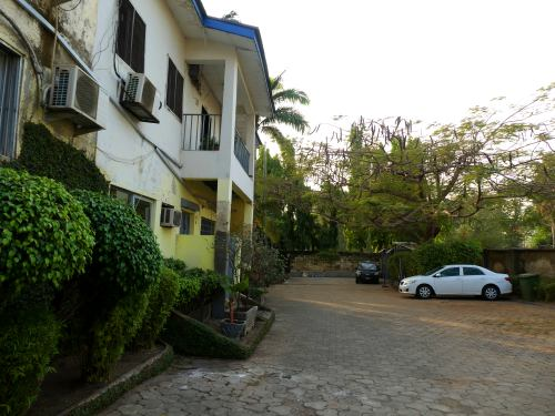Compound de Carlos en Abuja