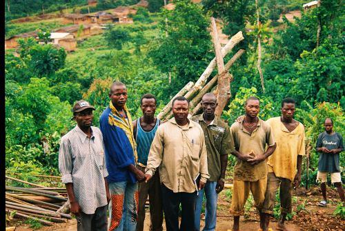 Traficantes y explotadores en las plantaciones de cacao de Costa de Marfil