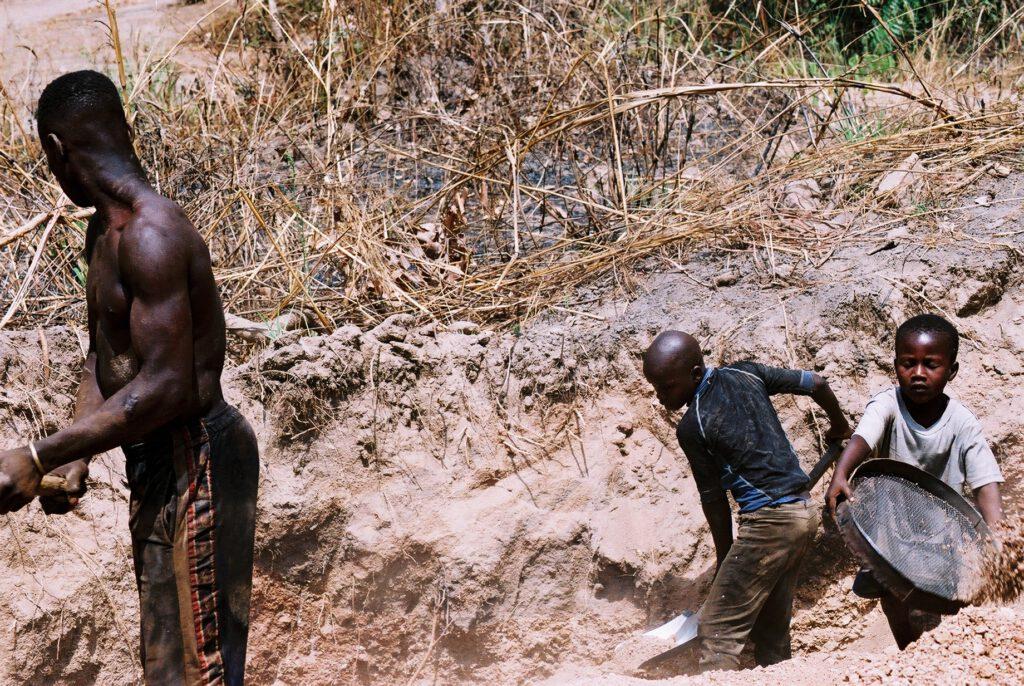 Niños de las canteras de Abeokuta