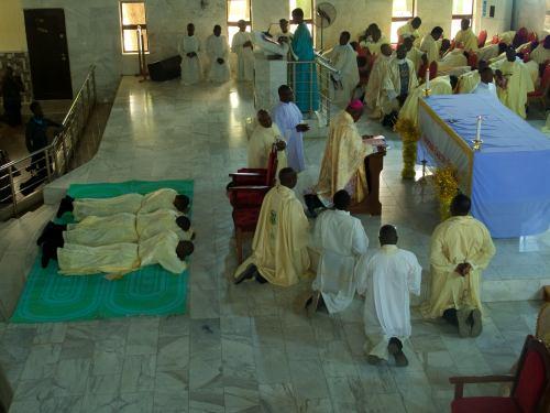 Ordenación de tres nuevos curas en Maiduguri