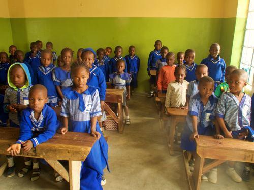 Una clase mixta en un colegio católico de Maiduguri