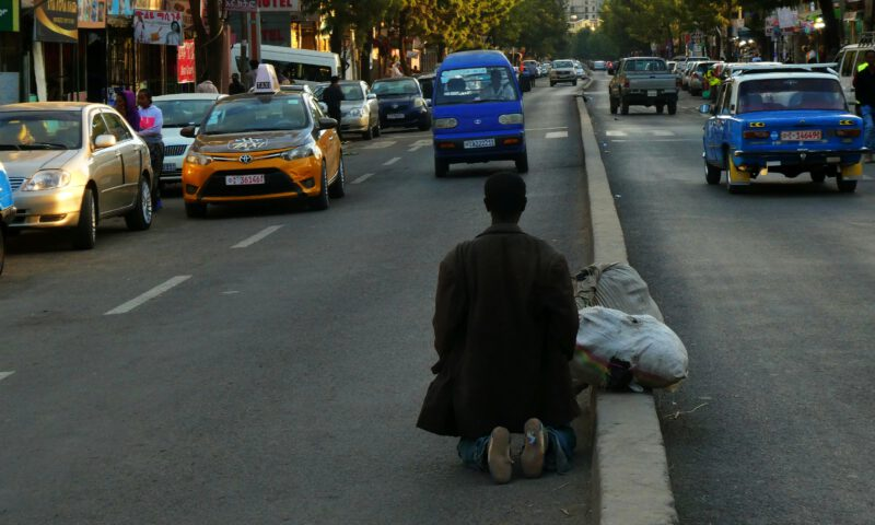 Una calle de Adis Abeba Etiopia