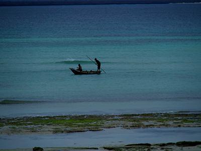 Unos pescadores en Pemba