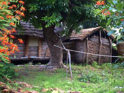 Las chozas donde dormimos en el village de camino al territorio Bassari