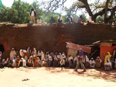 Peregrinos en una ceremonia en Lalibela