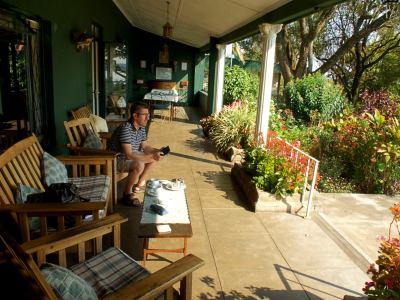 La terraza del Norma Jeane's lodge