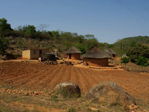Un poblado del Zimbabue rural