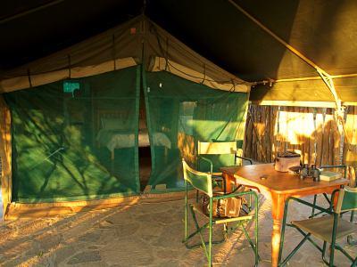 Nuestra tienda de campaña en la reserva