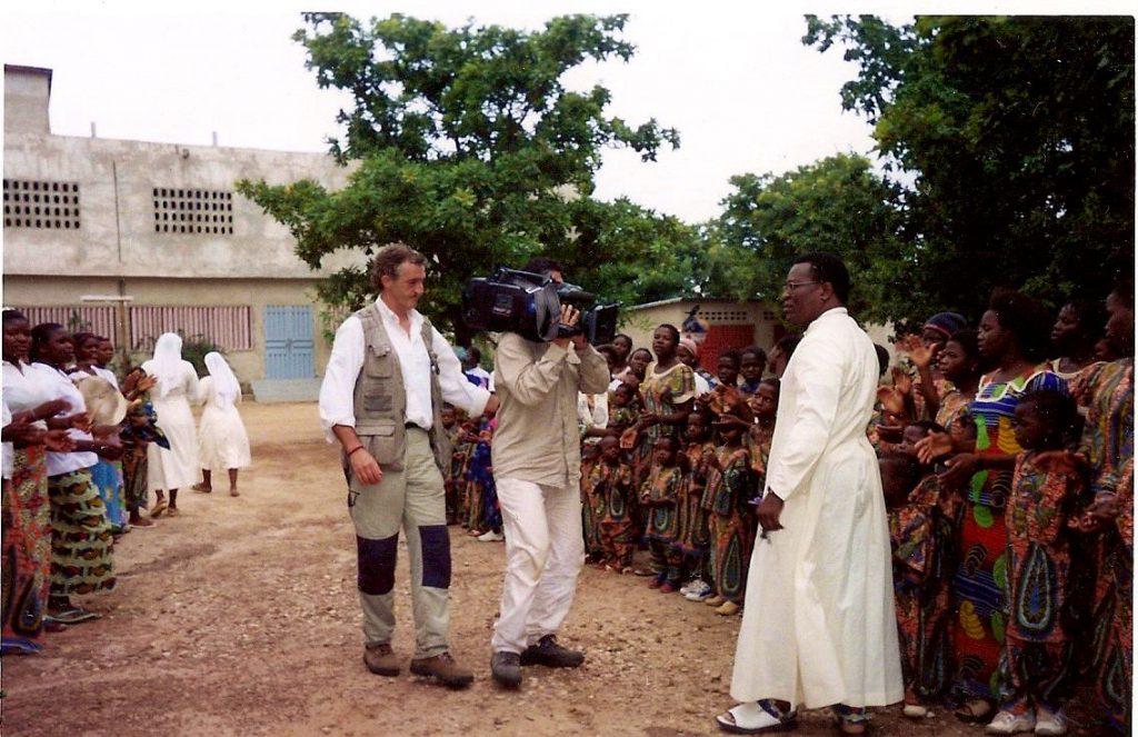 Obispo de los niños malditos en Benin