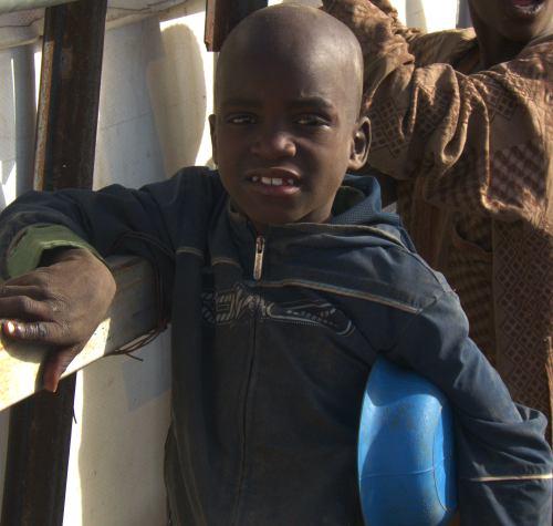 Un niño de la calle en Maiduguri