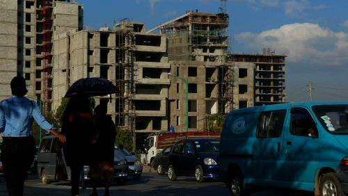 Edificios a medio construir en Adis Abeba