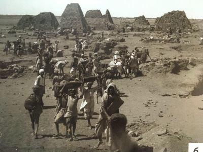 Excavaciones en las Pirámides de Meroe (Sudán)