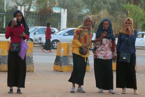 Dos chicas en Khartoum Jartum)